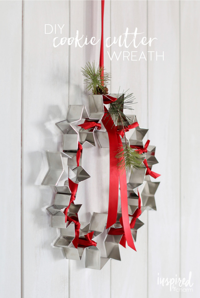 DIY-Cookie-Cutter-Wreath_Rustic_Christmas_Decor_Ideas_craft-mart