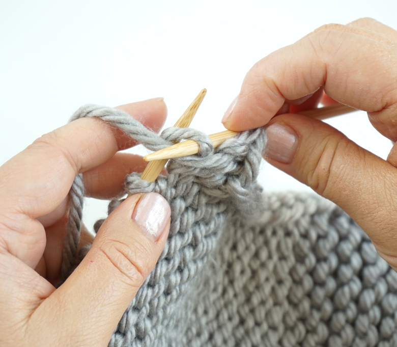 Purl Stitch knitting - step-by-step tutorial