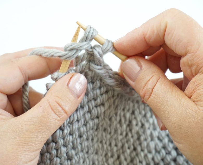 How to Purl Stitches - Easy Knitting Tutorial