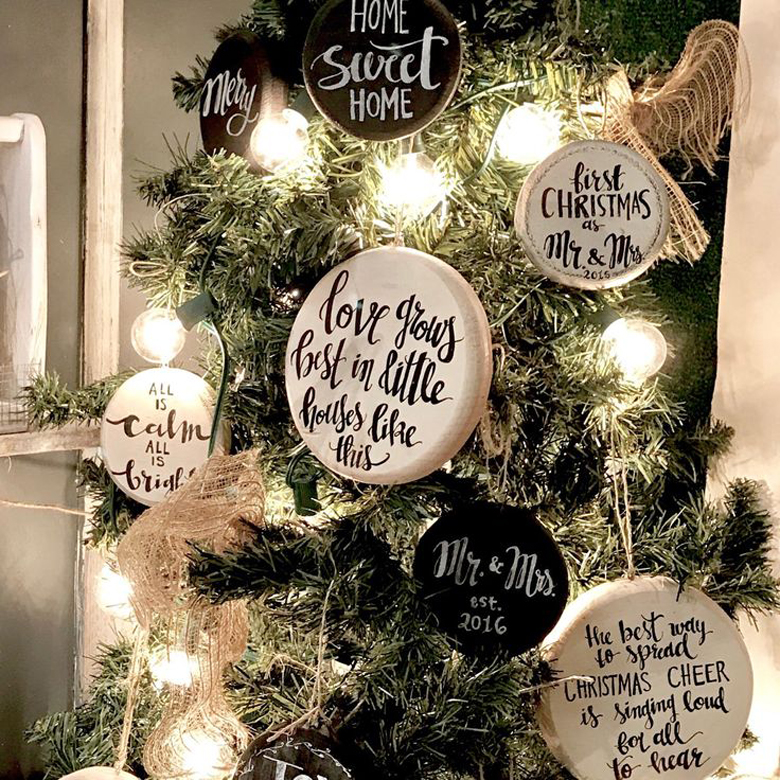 Christmas Ornaments with favourite quotes - Rustic Christmas Decor can be fun!