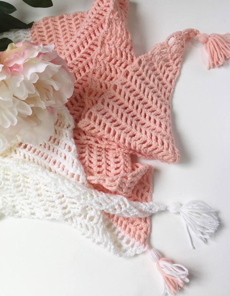 Capri Summer Crochet Scarf - lightweight crochet scarf pattern; modern crochet scarf pattern; #diycrochetshawl #easycrochet #trianglescarfpattern #freecrochetscarfpattern #yarntassels #howtomaketassel #tasseltutorial