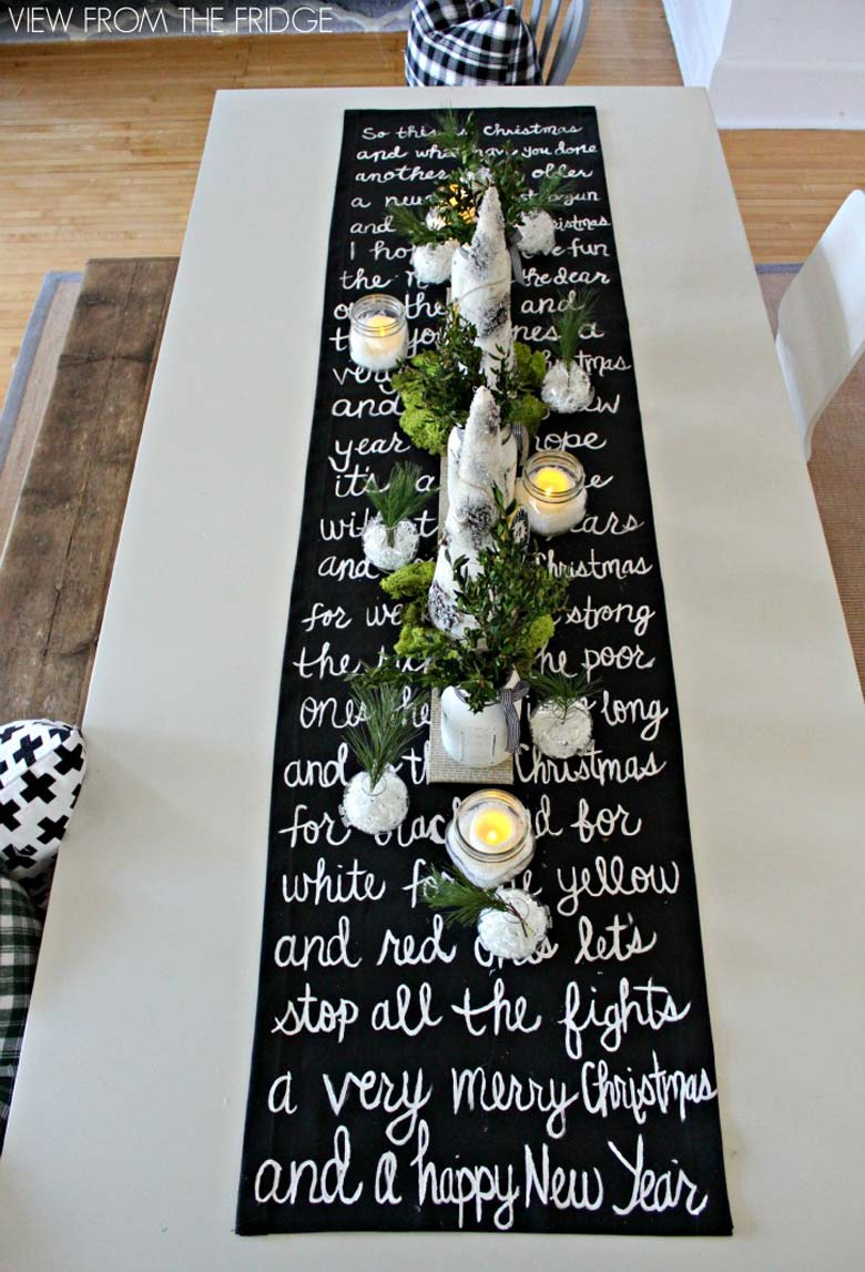 how to decorate a small living room for christmas - DIY black and white table runner #smallspaces #tinyhouseliving #smallspaceliving #DIYchristmasdecor #christmasdecorideas #DIYtablerunner #diychristmasproject
